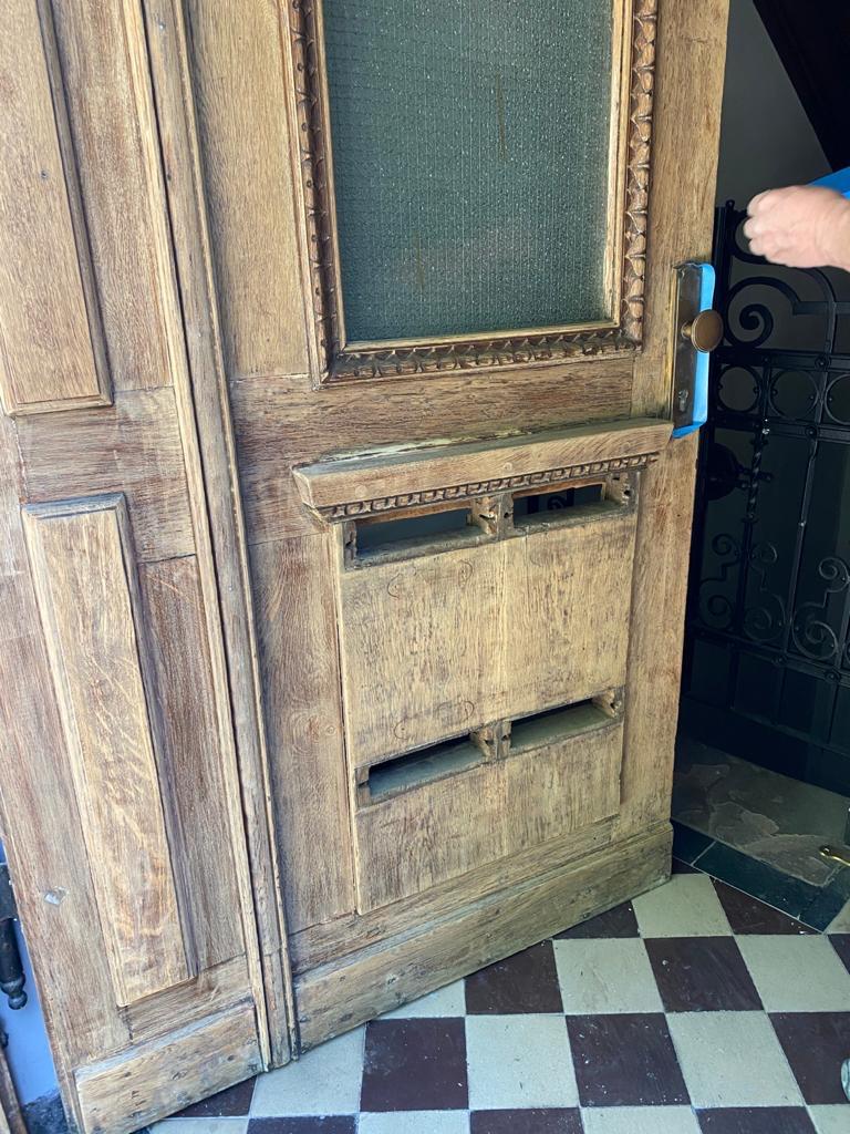 Holztür gereinigt
